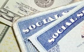 Social Security Dilemma: When should I start claiming?